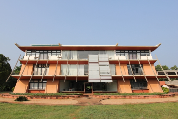 Town_Hall_of_Auroville.jpg