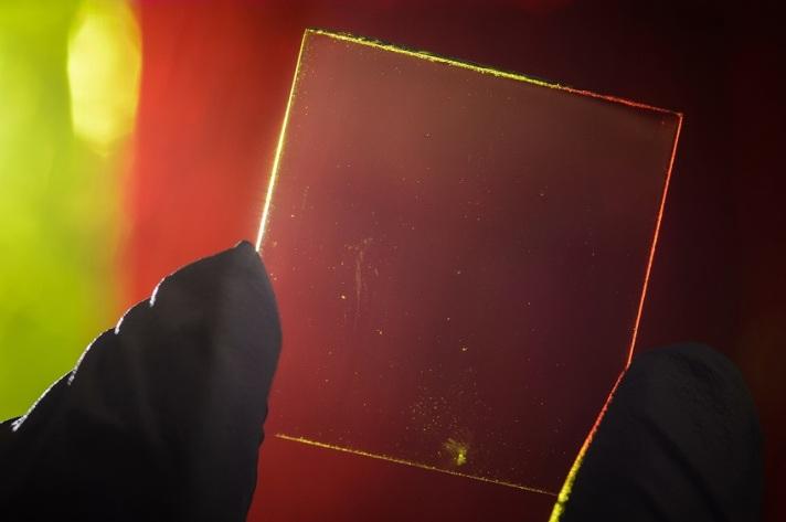 Transparent-Solar-Panels-02